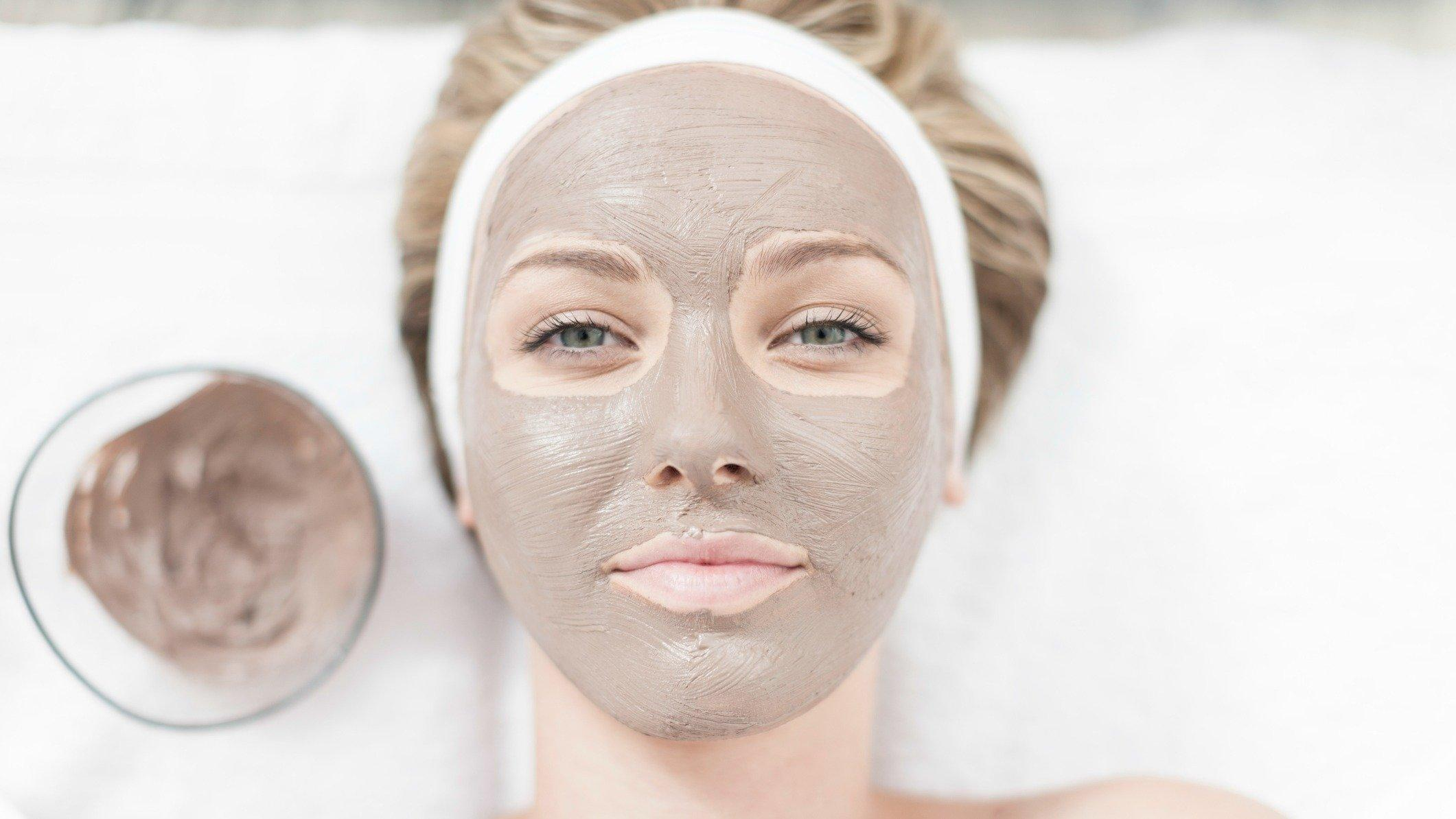 Products rosacea facial
