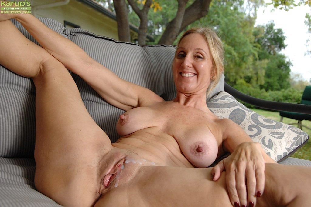Next door neighbor wife blowjob