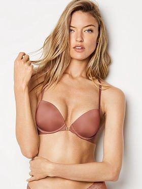 Wife friends boobs
