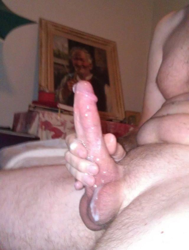 Fat cock cumming