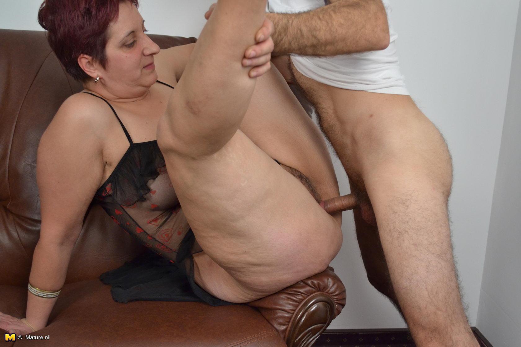 Working latinas housekeeping double pleasure