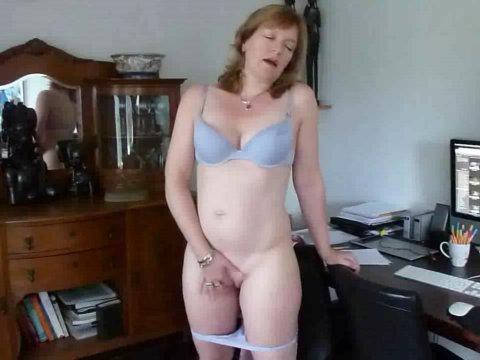 Amateur nude latina girls