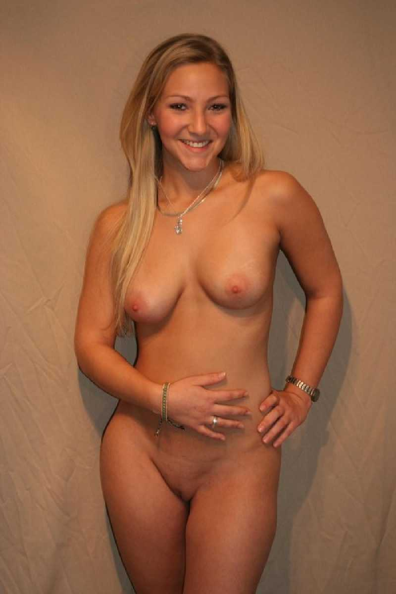 nude amateur pretty wife