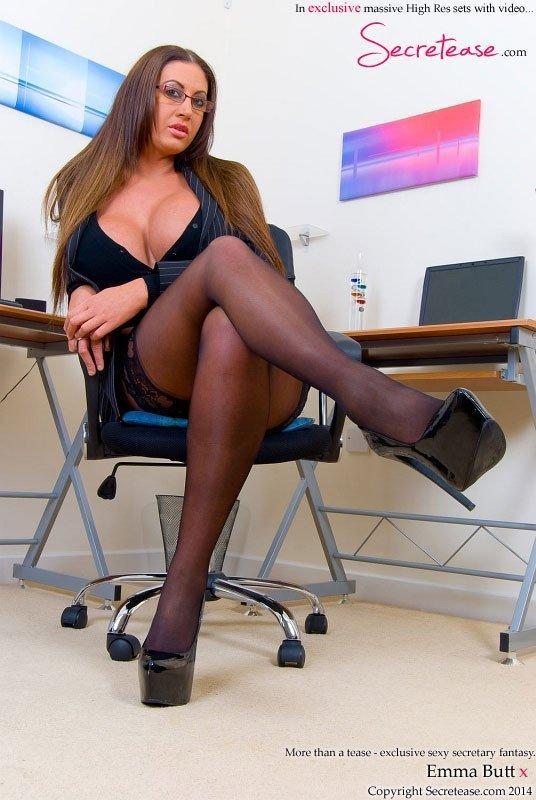 Heels sexy brunette high