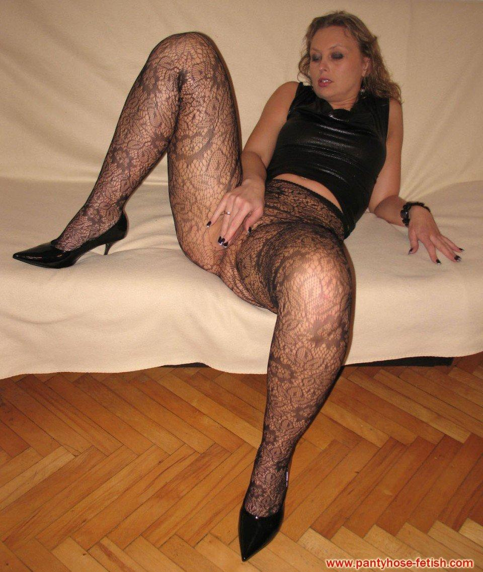 understood mischievous girls expose tiny asses in sexy pantyhoses personal messages