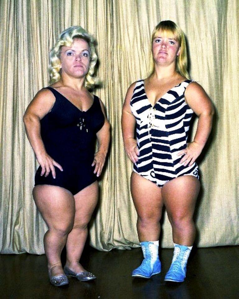 Dew D. reccomend Chicken bikini pictures