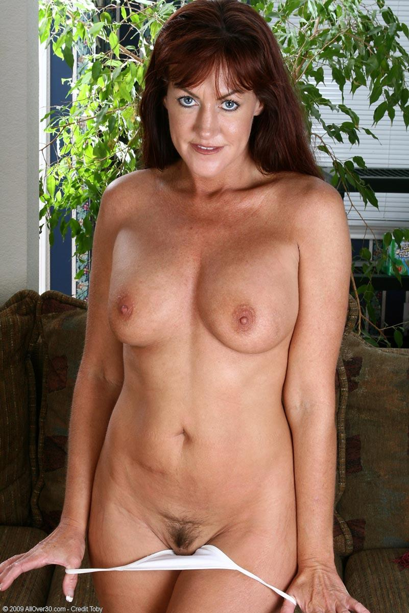 Carolyn redhead milf at pichunter