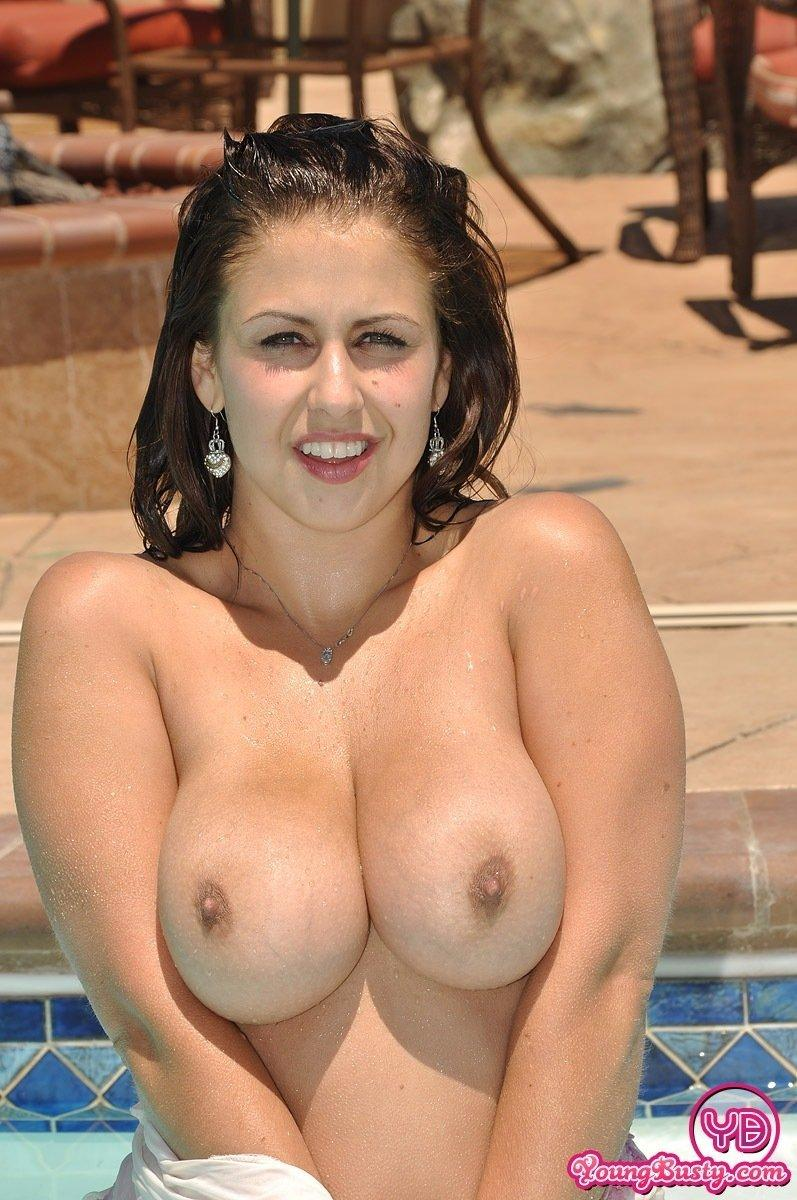 Girl hot beach busty nude