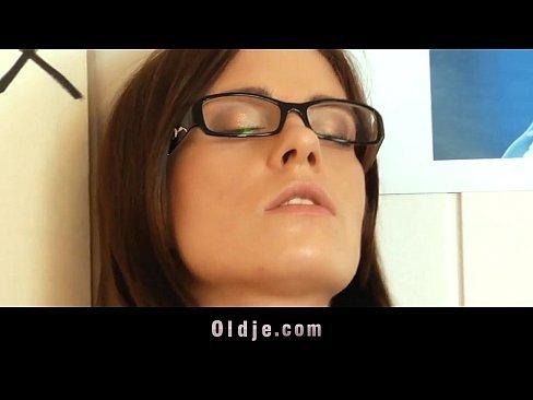 Tator T. reccomend Girl with glasses sucks my dick till i cum. Amateur xxx video
