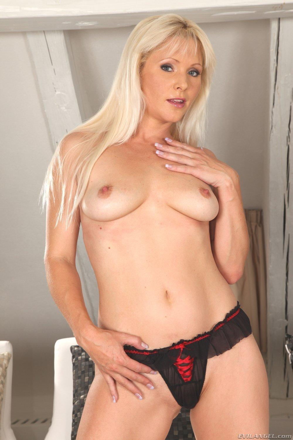 Red T. reccomend Pictures of pornstar kathy anderson