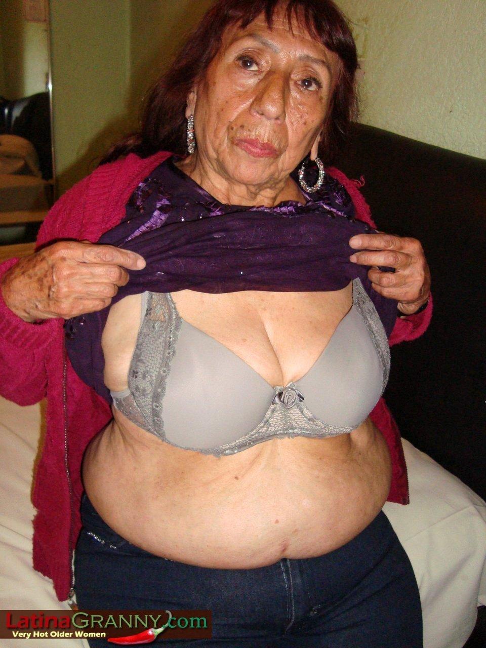 Latina granny tgp