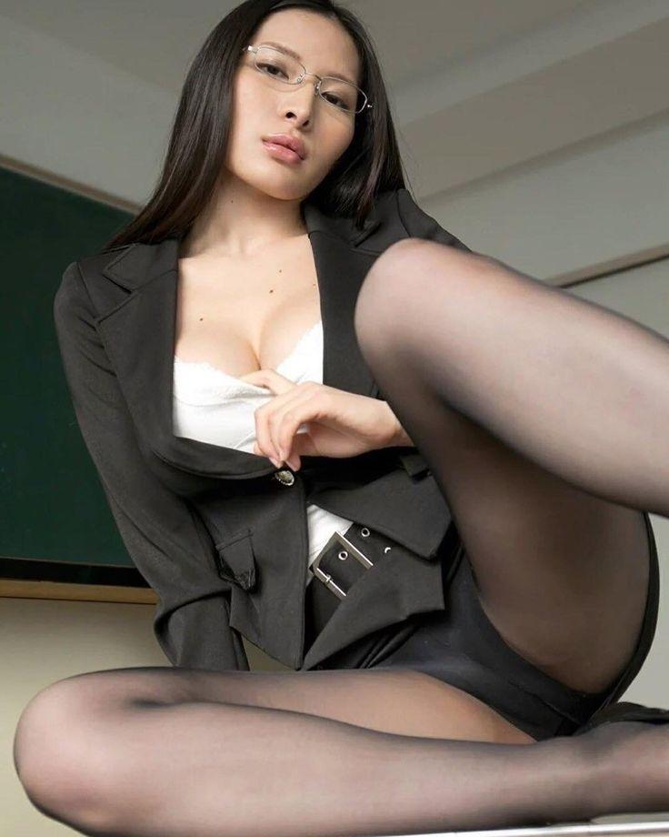 in the Chinese office lady pantyhose