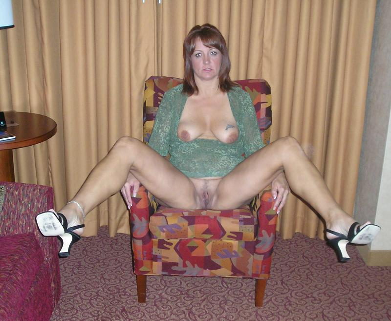 whore legs spread Amateur