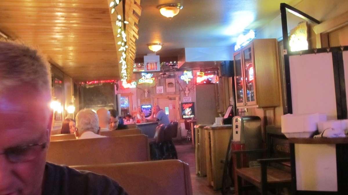 Merlot reccomend Chubbys bar clancy