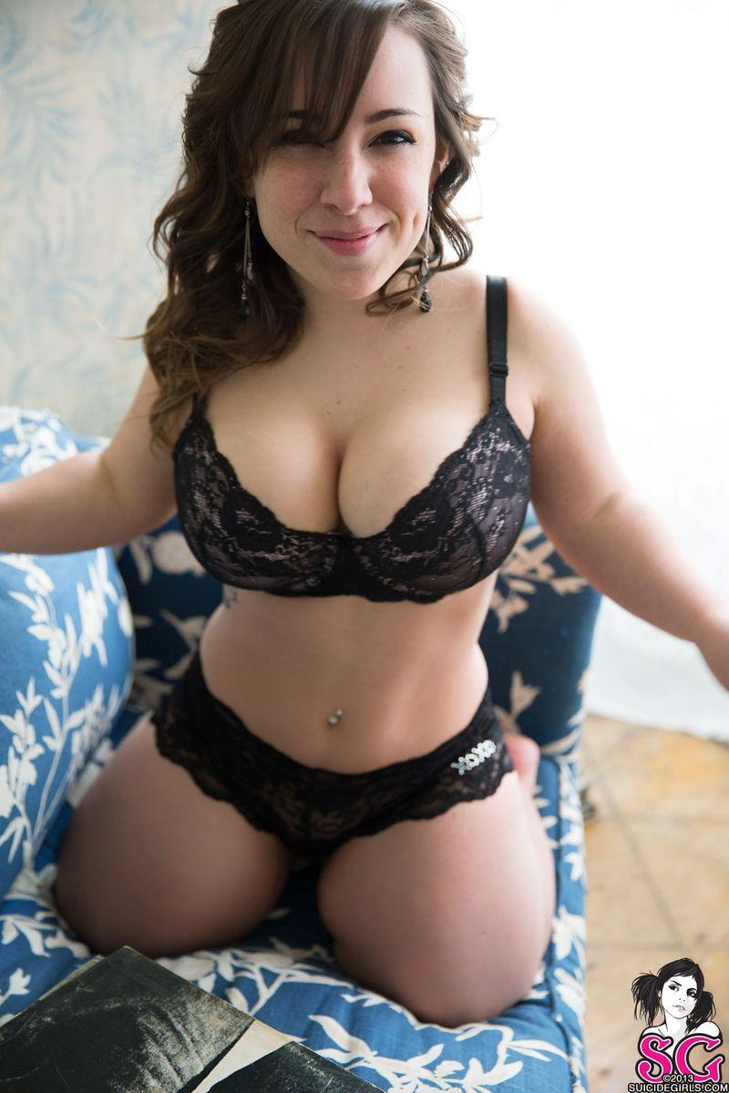 China peekaboo bikini