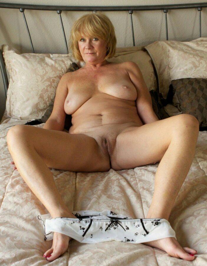 Granny milf nude