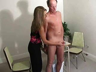 Porn guy eating girl