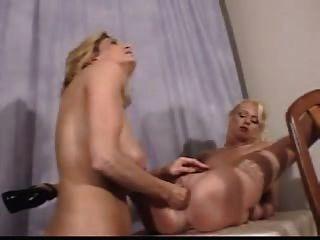 Hilary duff nude modeling