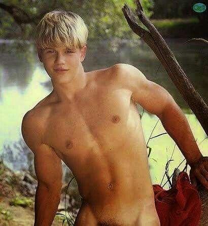 Blonde Gay Twink