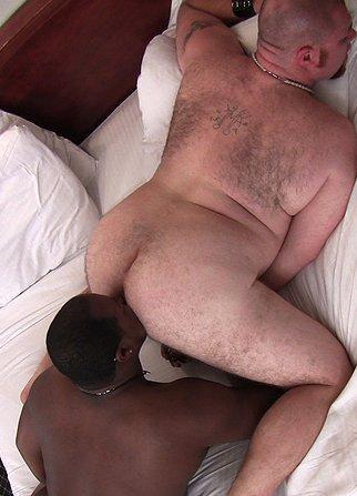 Lunar reccomend Gay rimjobs interracial