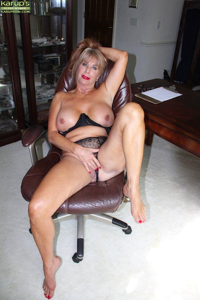 Over 50 nude wife