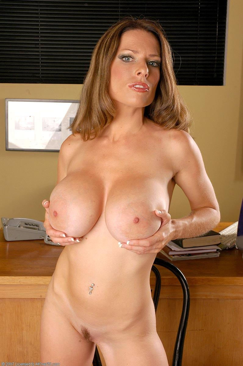 Big titty milf lesbo on