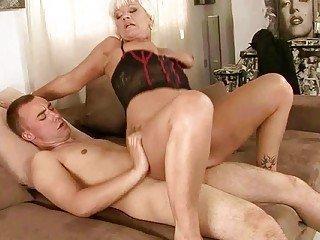 Lesbian milf make out