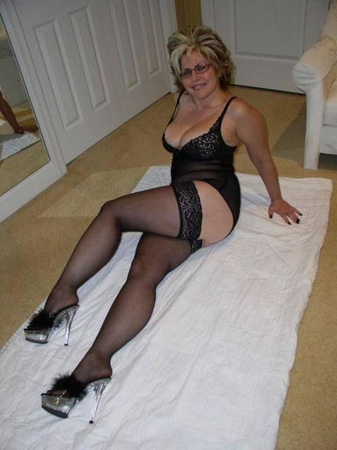 Hammerhead recomended Hot secretaries in pantyhose