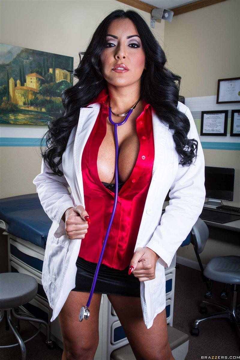 Big Tits Doctor Porno
