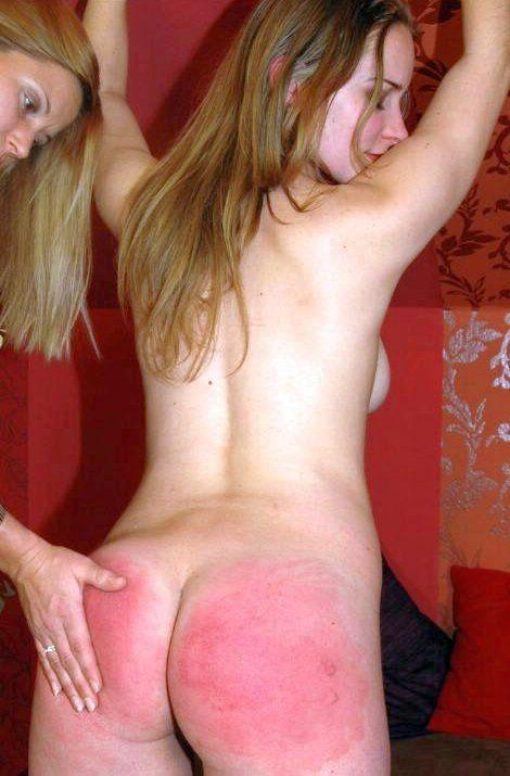 Bottom red spank
