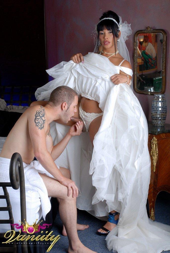 Shemale fuck woman bride