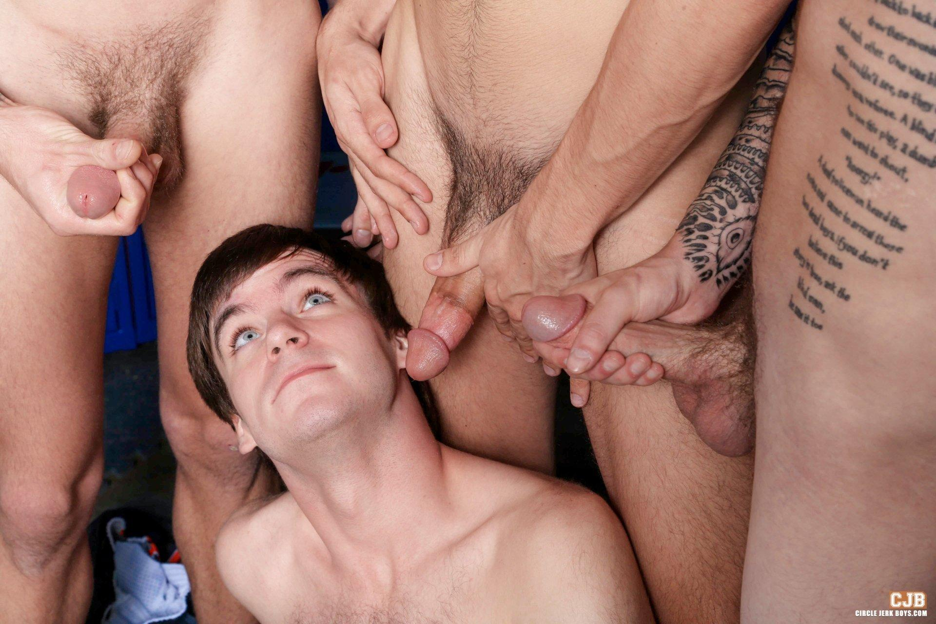 Jerking twink s self facial