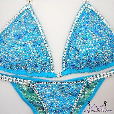 Cristal clear bikinis