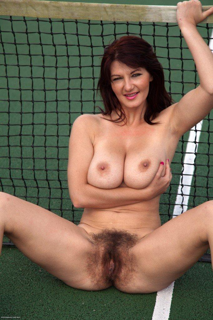 Free hairy mature cunt video