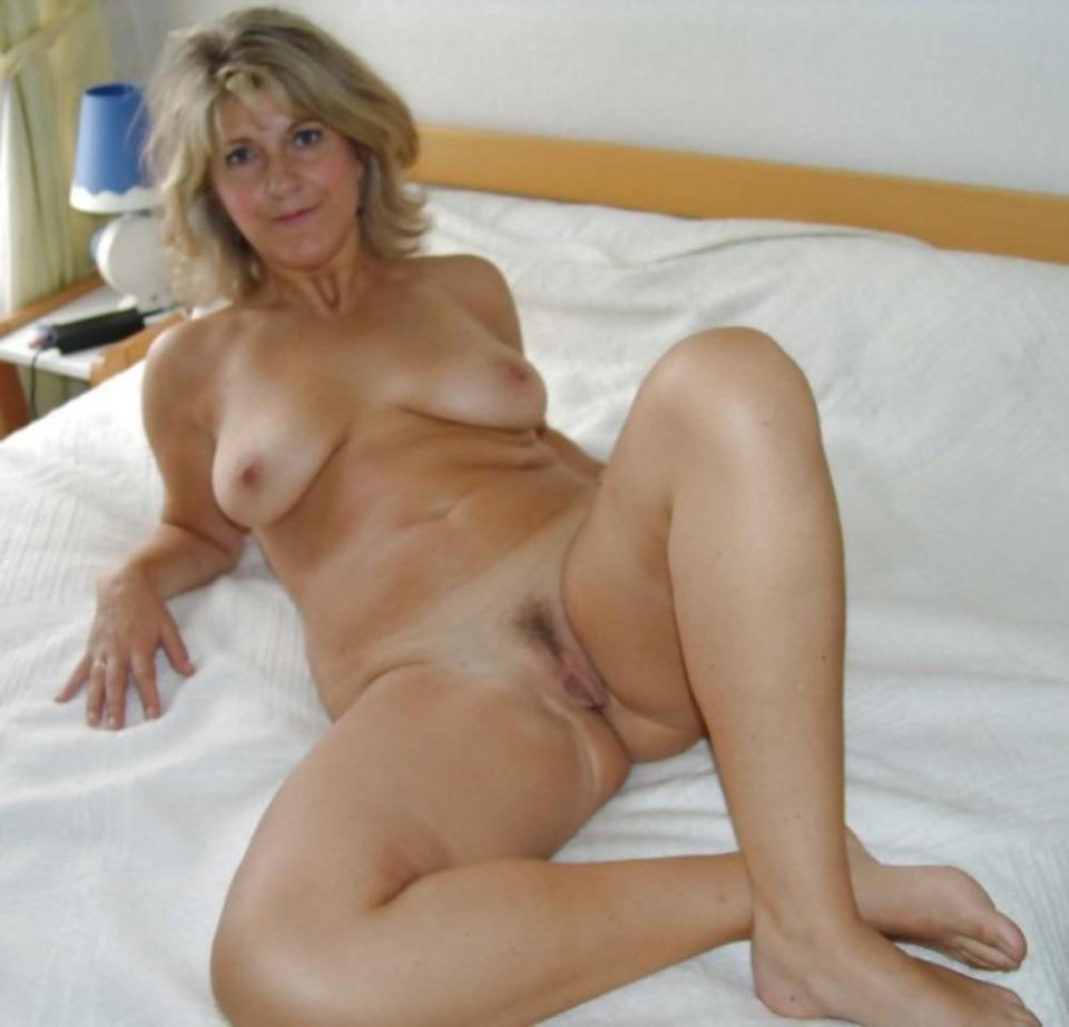 Pics of sexy vampire girls nude