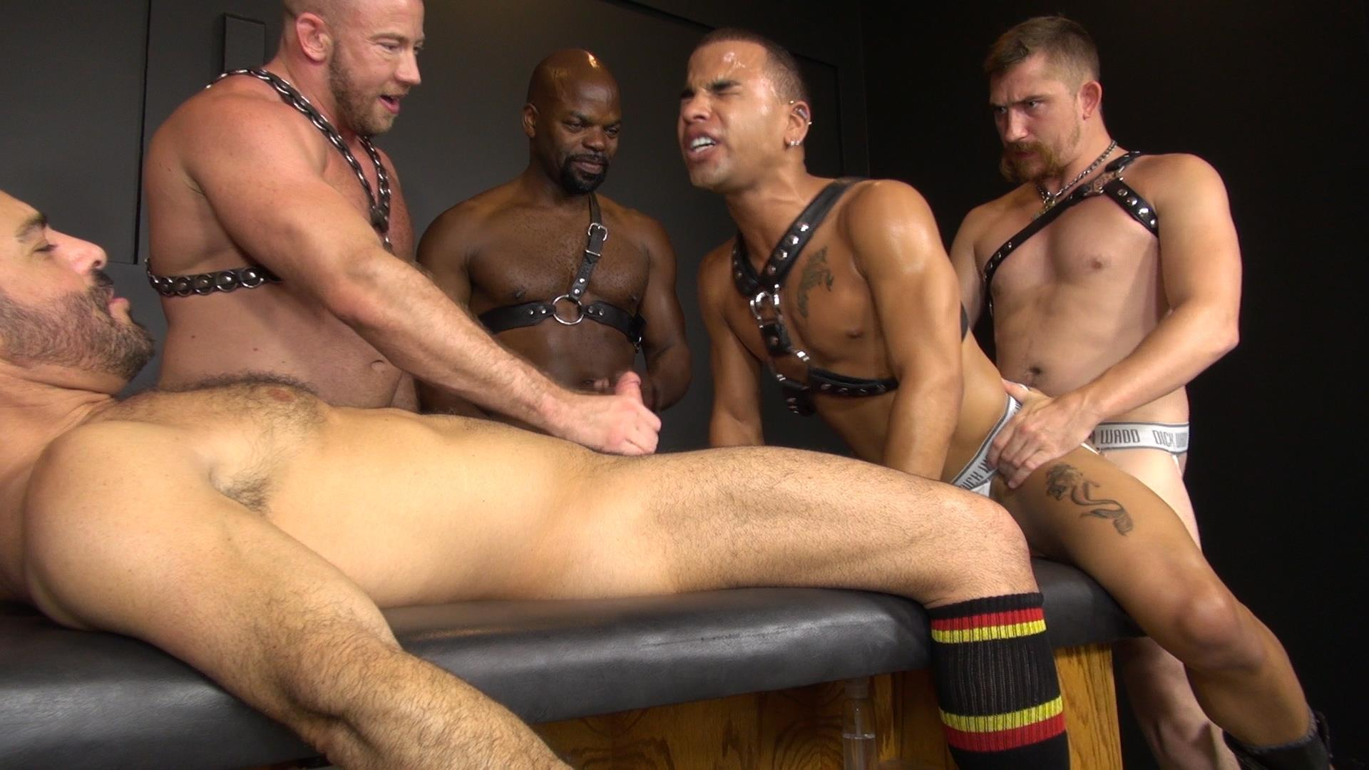 Interracial Muscle Orgy