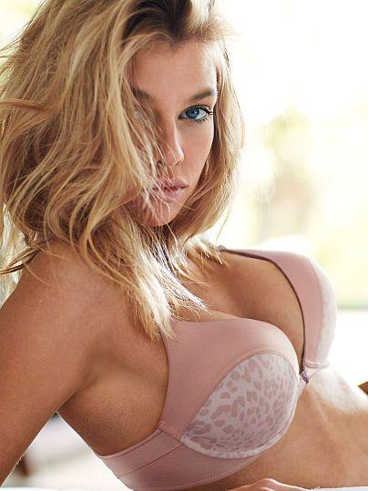 Erotic front closure bra