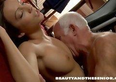 Teen gets pussy licked by old man and xxx. Teens porn clips