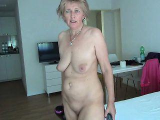 Mature grandma sluts