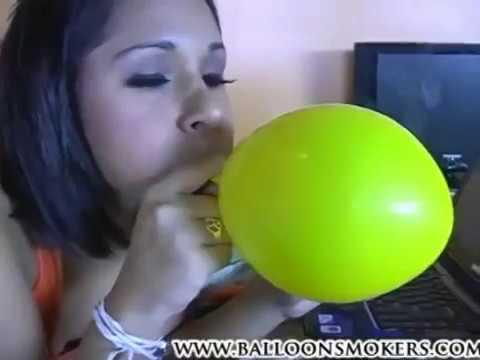 Girl smoke Fetish balloon