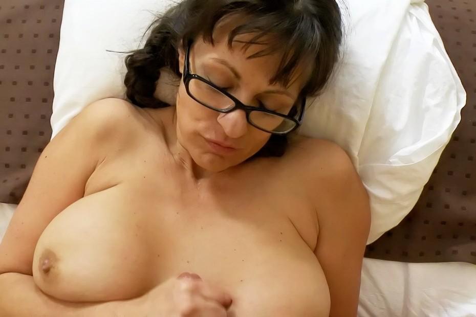 Little sister naked free video
