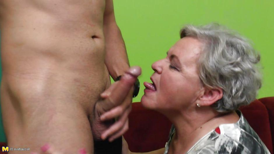 Granny loves handjob thumbs