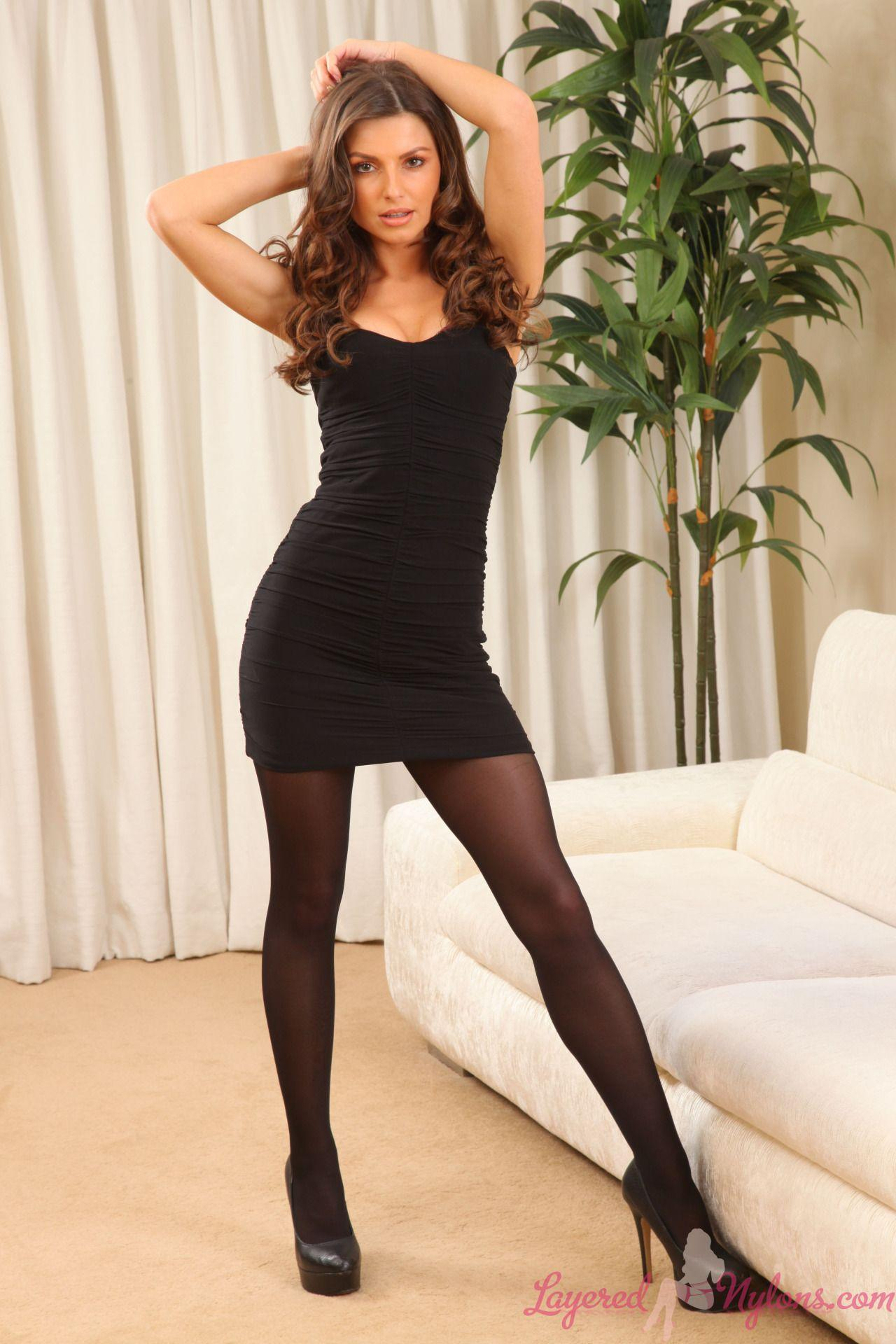 Benz reccomend Mini skirt legs pantyhose