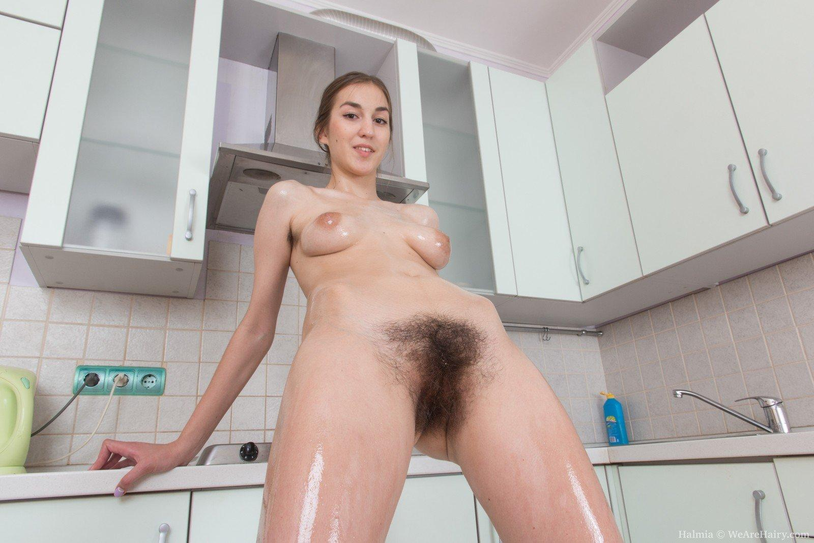 Brunettes hairy pussy sex tube