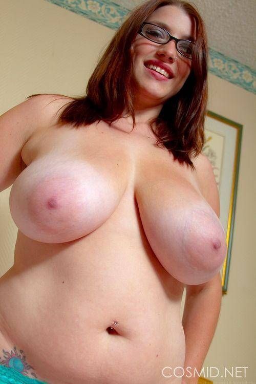 Busty nudes white women sorry, can