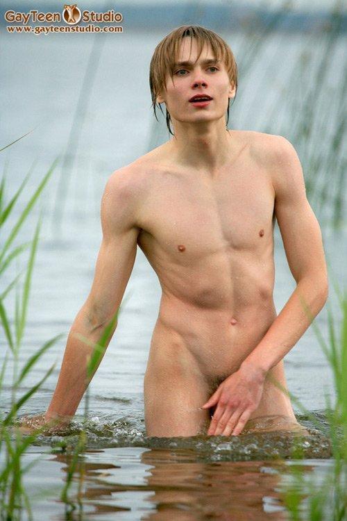 Boys girls nudist