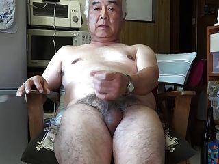 Mature men masturbation