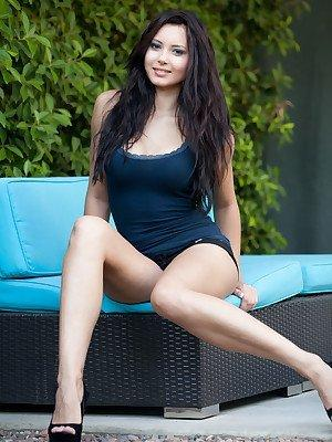 Softcore thumbnails of gilrs legs . HQ Photo Porno. Comments: 2
